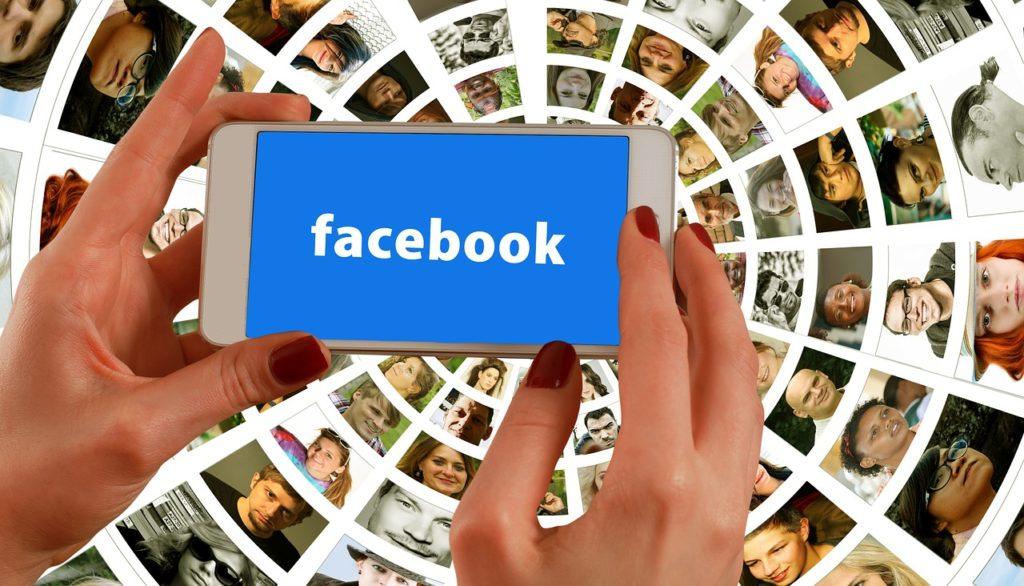 facebook i jego wiedza o nas